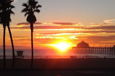 huntington_beach_at_sunset_by_i_am_kinda_lost-d6biuue