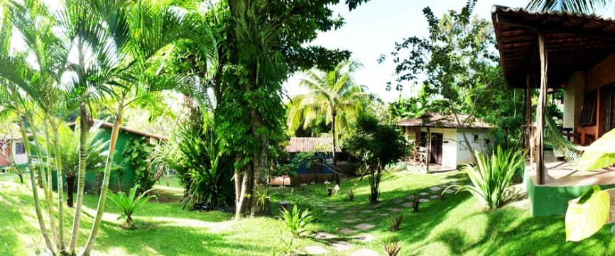 bungalow-außen-sossego-surfcamp2