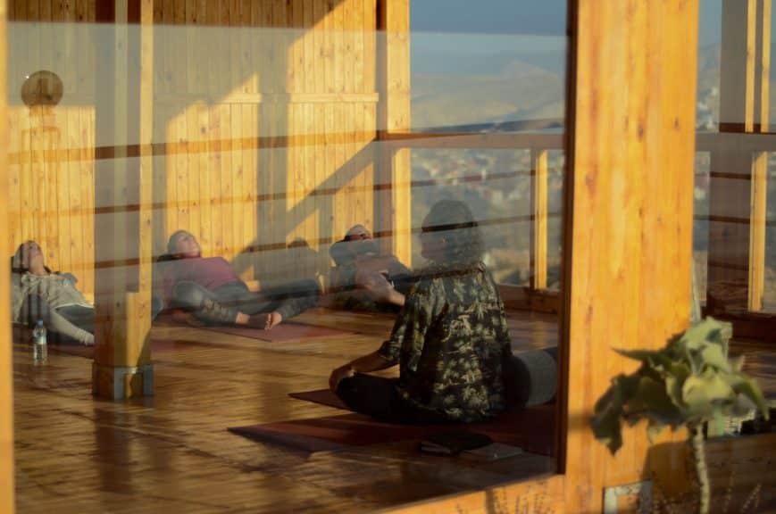 EasySurfMarocco-surfcamp-tamraght-yoga-villa-scaled