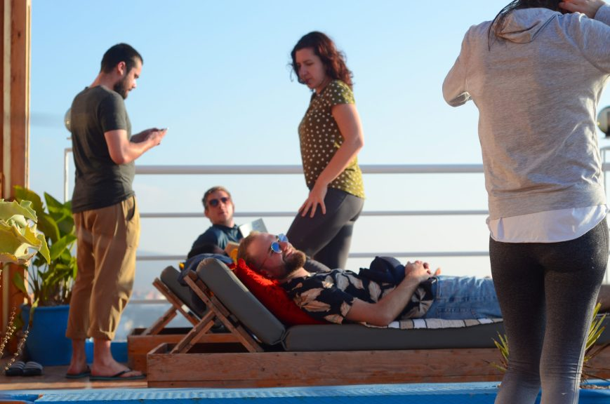 EasySurfMarocco-surfcamp-villa-tamraght-loungeterrasse-scaled